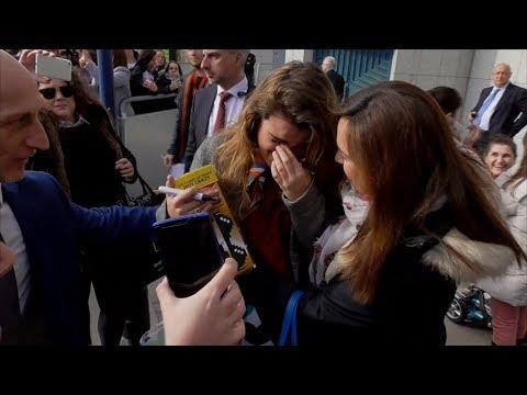 Firma OT | 'Amaia de España' se emociona al ver a sus fans