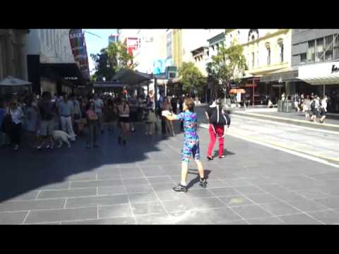 Spandy Andy Rimer dancing the Melbourne 2step