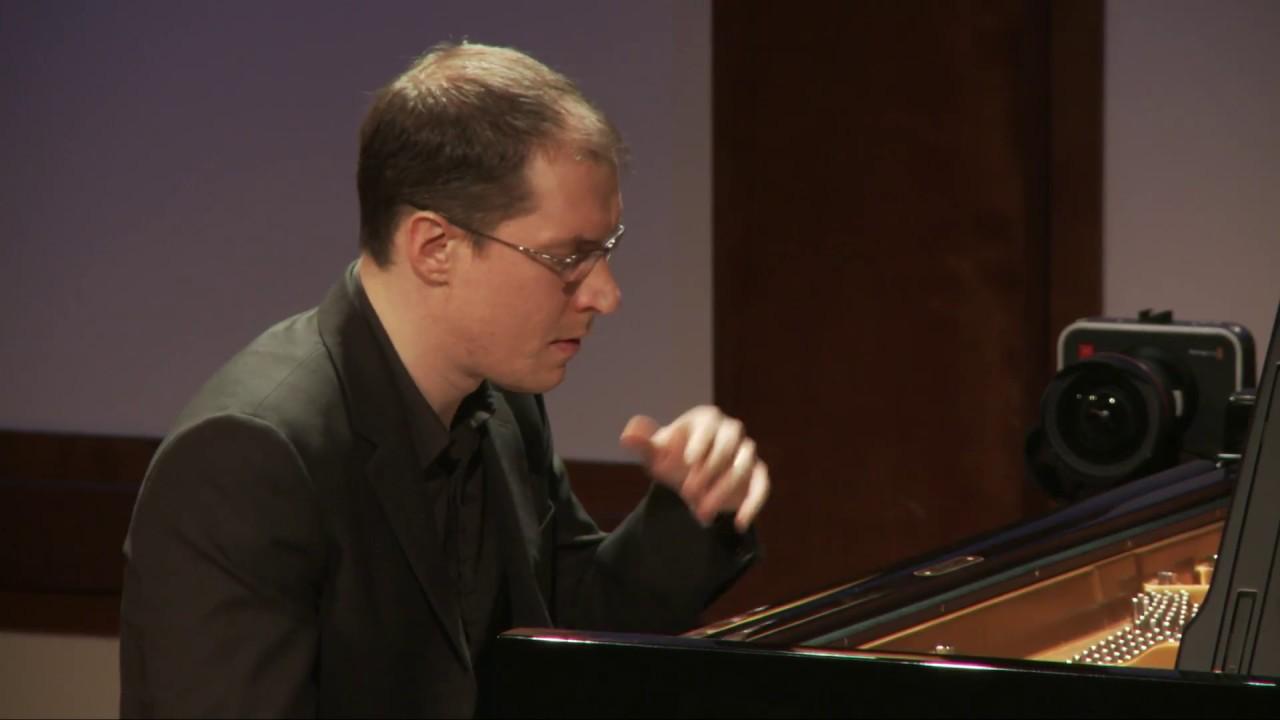 Janacek: Sonata 1.X.1905 (From the Street, 1 October 1905) for Piano