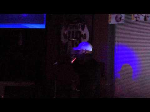 Karaoke Michael Munoz 11.11.11