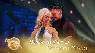 Video Debbie and Giovanni Rumba to 'Baby Can I Hold You' - Strictly Come Dancing 2017 download MP3, 3GP, MP4, WEBM, AVI, FLV Oktober 2017