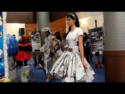 EDP 2012 - Paper Dress Fashion Show