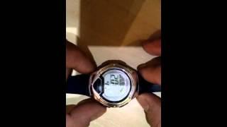 Як налаштувати час в електронних годинниках
