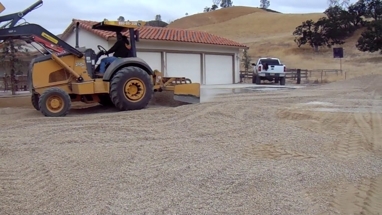 Gold Decomposed Granite And Gravel Driveway Installation