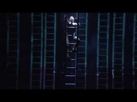 Coriolanus National Theatre Live Trailer starring Tom Hiddleston
