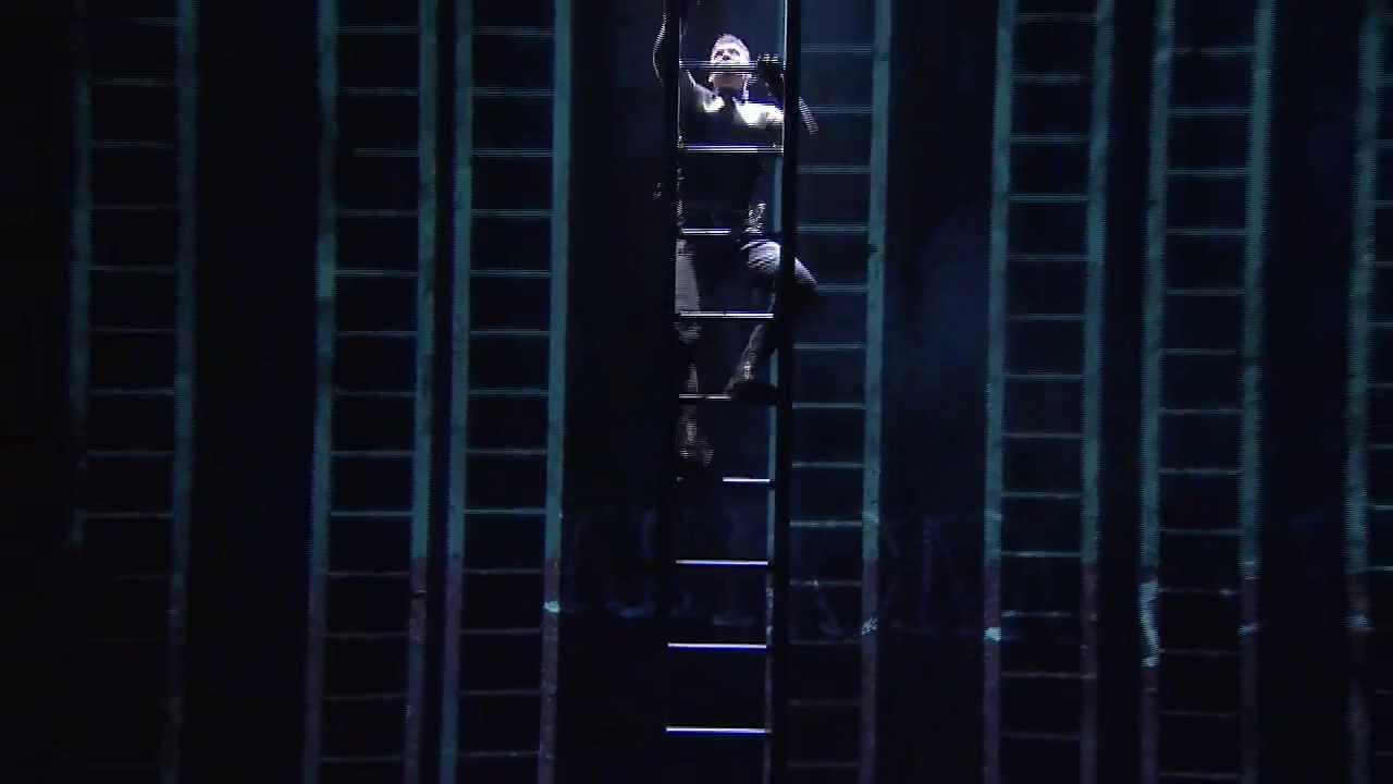 Coriolanus National Theatre Live Trailer