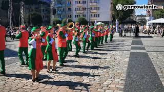 Musztra paradna w wykonaniu Gorzowskiej Orkiestry Dętej
