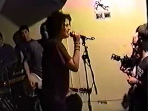 Discount - Live @ Chaos Record Store, Tampa, FL 4/10/98