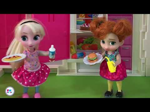 Best Frozen Barbie Dolls Videos Ever! Castle Palace Dollhouse Mess! Car Ride & Picnic! In English!
