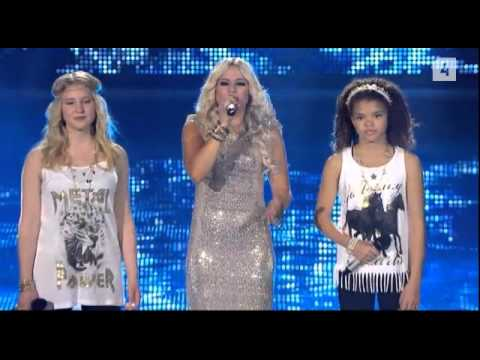 Krista Siegfrids ft. Molly & Rebecca - Can You See Me?