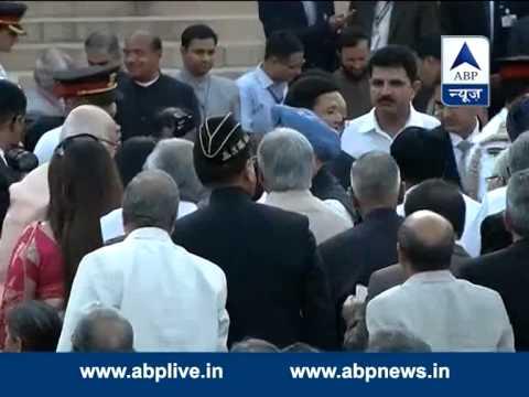 Former PM Manmohan Singh at Rashtrapati Bhawan to attend Modi's swearing-in ceremony