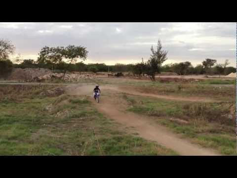 saul ilan en moto cross Videos De Viajes