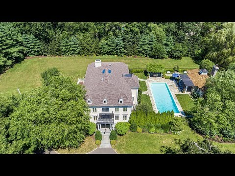 200 Jessica Lane  I  Fairfield CT 06890 Real Estate