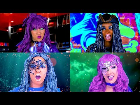 Rap Battle Descendants 2 Uma vs Mal  Music Video. Totally TV