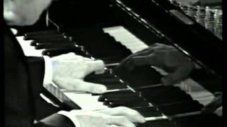 "Beethoven ""Moonlight Sonata"" (1 mvt.) by Claudio Arrau"