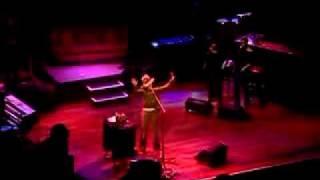 "Erykah Badu ""Back In the Day"" Live NYE atlantic city 2006"