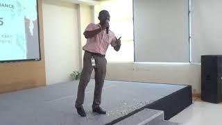 Sanson ki zaroorat African Kumar Sanu Live on stage