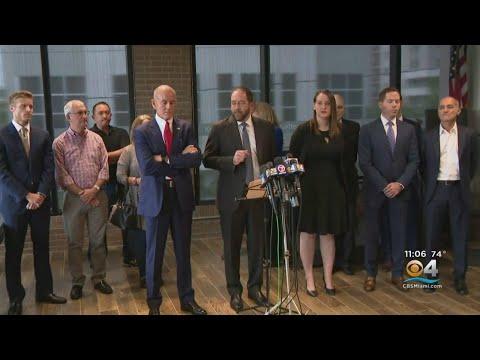 Good Morning Orlando - Parkland Victims' Families Sue