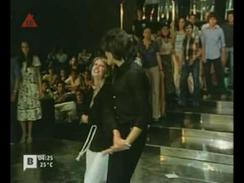 NUNCA EN HORAS DE CLASE (escena baile 3)