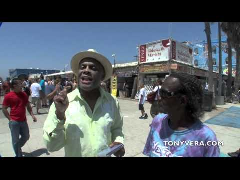 Michael  Colyar talks about Charlie Barnett @ Venice beach