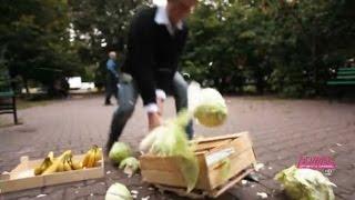 Большая Перемена. Второй Сезон. Москвичам дали топор в руки, чтобы порубить капусту