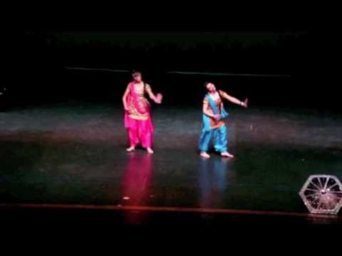 MUST WATCH Bollywood Dance: Barso Re Megha Travel Video