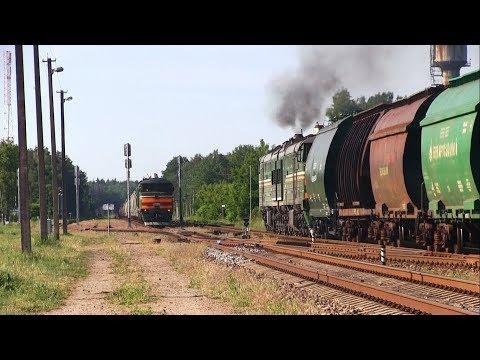 Скрещение грузовых поездов