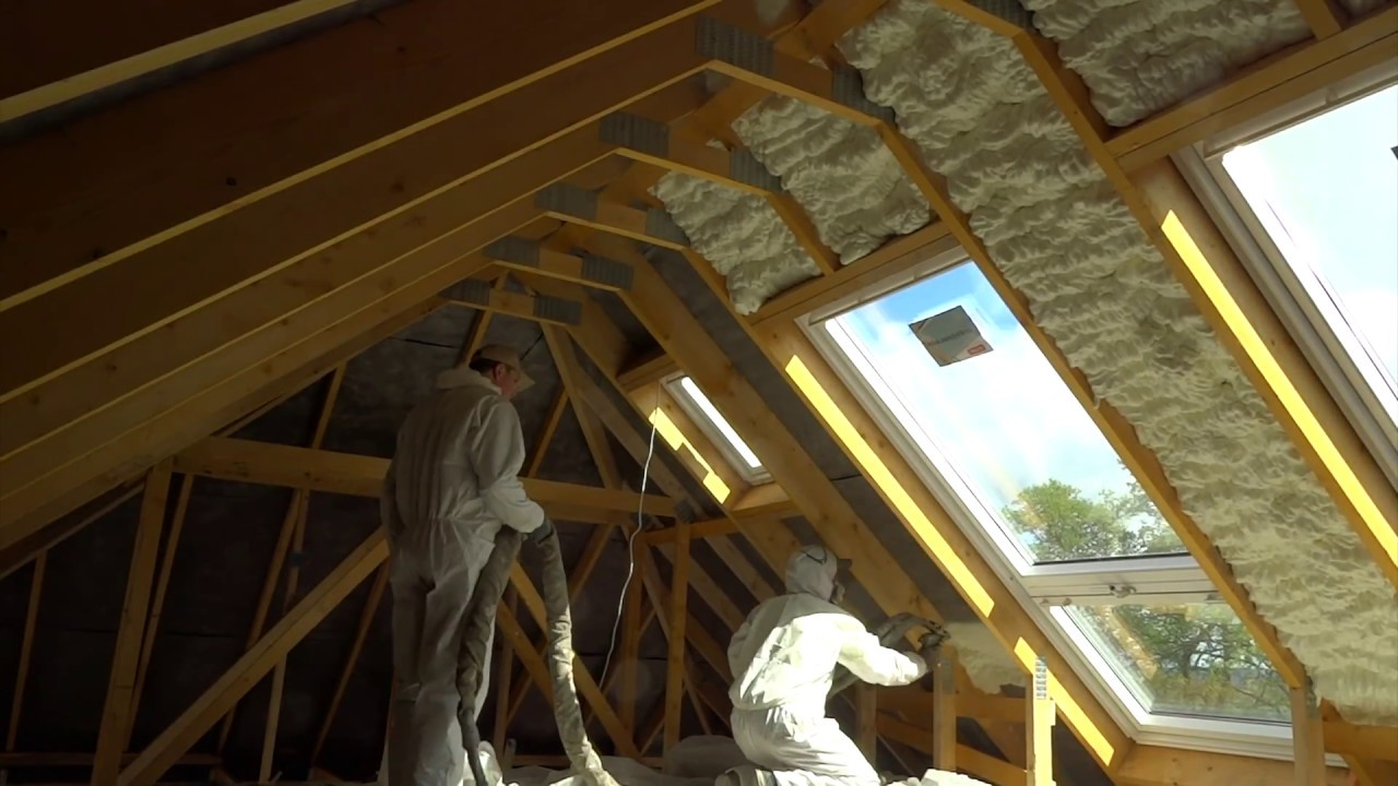 How To Ly Spray Foam Insulation In A Loft Icynene Time Lapse