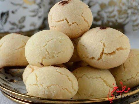 Samira tv recette ghribia for Mouskoutchou samira tv