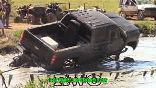 4x4 mud bogging