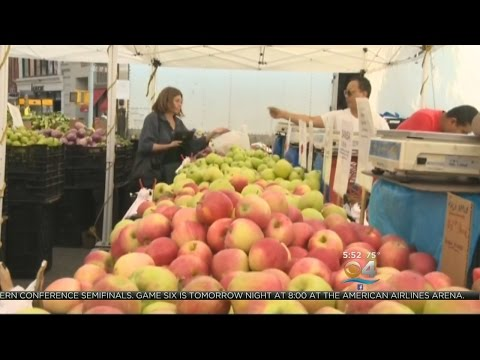 Healthwatch: Fruit May Help Lower Breast Cancer Risk