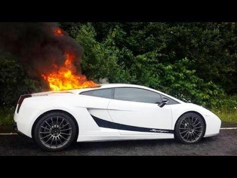 Lamborghini Gallardo Superleggera Catches Fire At Its Engine Youtube