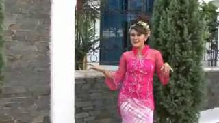 POP SUNDA BENTANG CILAMPUYANG Voc  Yulia    YouTube