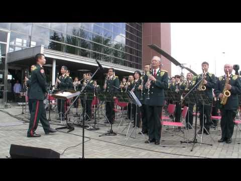 When the Saints Go Marching In 聖者の行進 - JGSDF Bandposted by kanonskicm