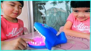 หนูยิ้มหนูแย้ม   รีวิวของเล่น EP32   ปลาฉลามงับมือ