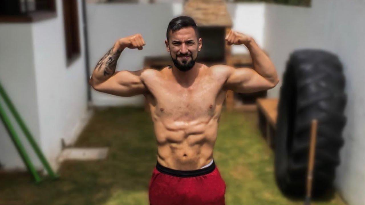 Puedes desarrollar tus bíceps haciendo esto? - Adicto al Fitness