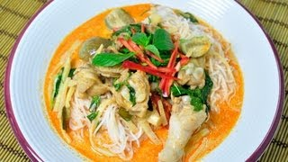 [thai Food] Fermented Rice Flour Noodles With Chicken Curry (kanom Jeen Gang Phed Gai)