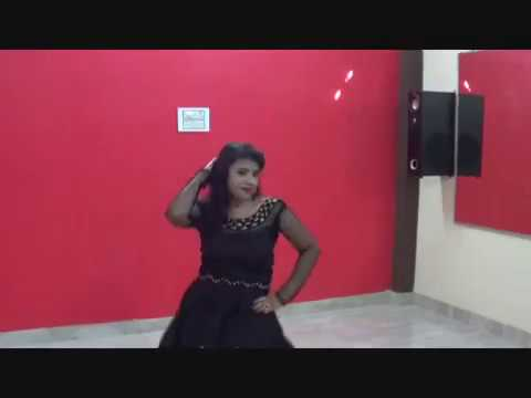 TRANDING SONG Garva Kamariya dance  MITRON choreography by Divya jain