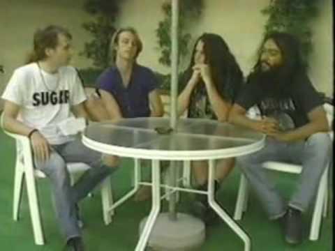 90ce13b91631f SOUNDGARDEN wearing NIRVANA t-shirt in 1990 (interview   live concert clip)