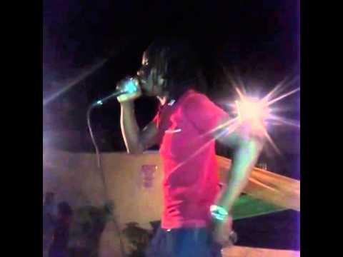 TAHZ aka OXYGEN performing