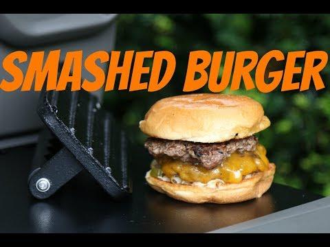 Smashed Burger - mega saftige Cheeseburger vom Grill
