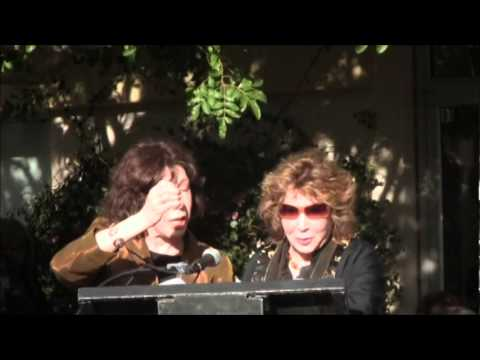 Lilly Tomlin and Jane Wagner recieve Star on PS Walk of Fame