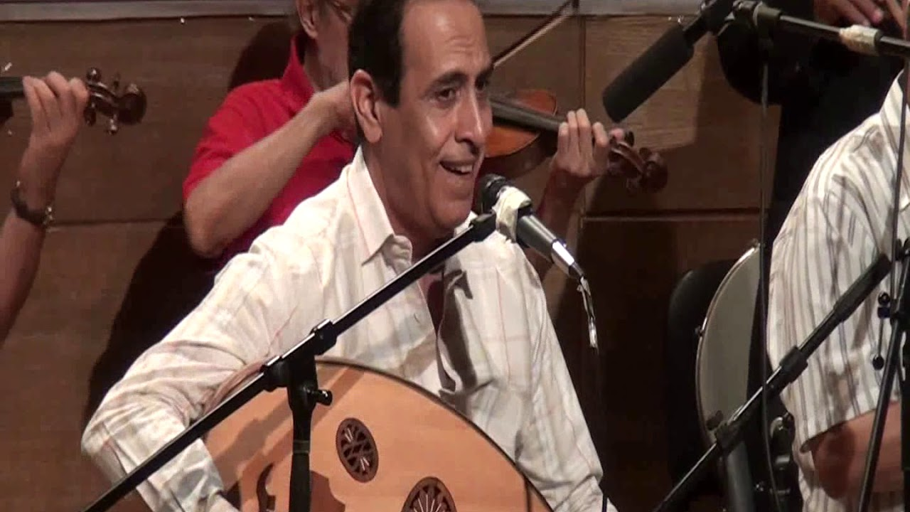 الحبيب المجهول - غناء الفنان علاء قرمان - صالون المنارة 15/8/2018