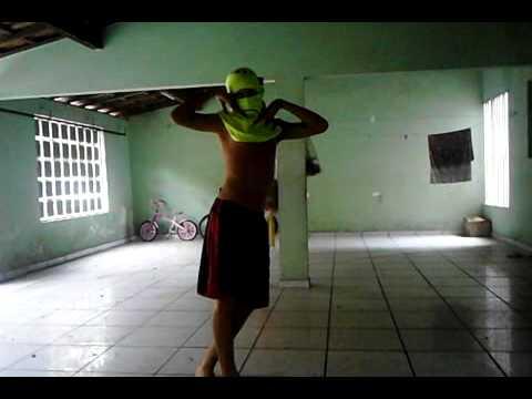 João Marcos Gomes dançando em Iure
