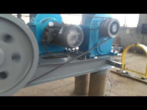 2PG 400*610 double roll crusher--XINGYANG JUXIN MACHINERY CO.,LTD.