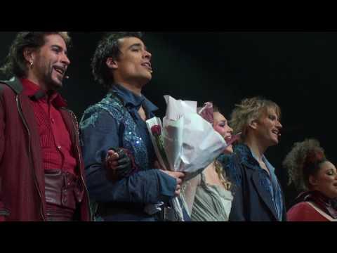 Romeo et Juliette - Les rois du monde (rappels) - послушать онлайн в формате mp3 на максимальной скорости