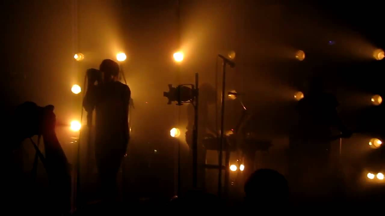 Nine Inch Nails - March of the Pigs HD (live @ the Echoplex 9/6/09 ...