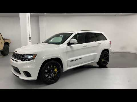 2018 Jeep Grand Cherokee Trackhawk - Revs + Walkaround 4k