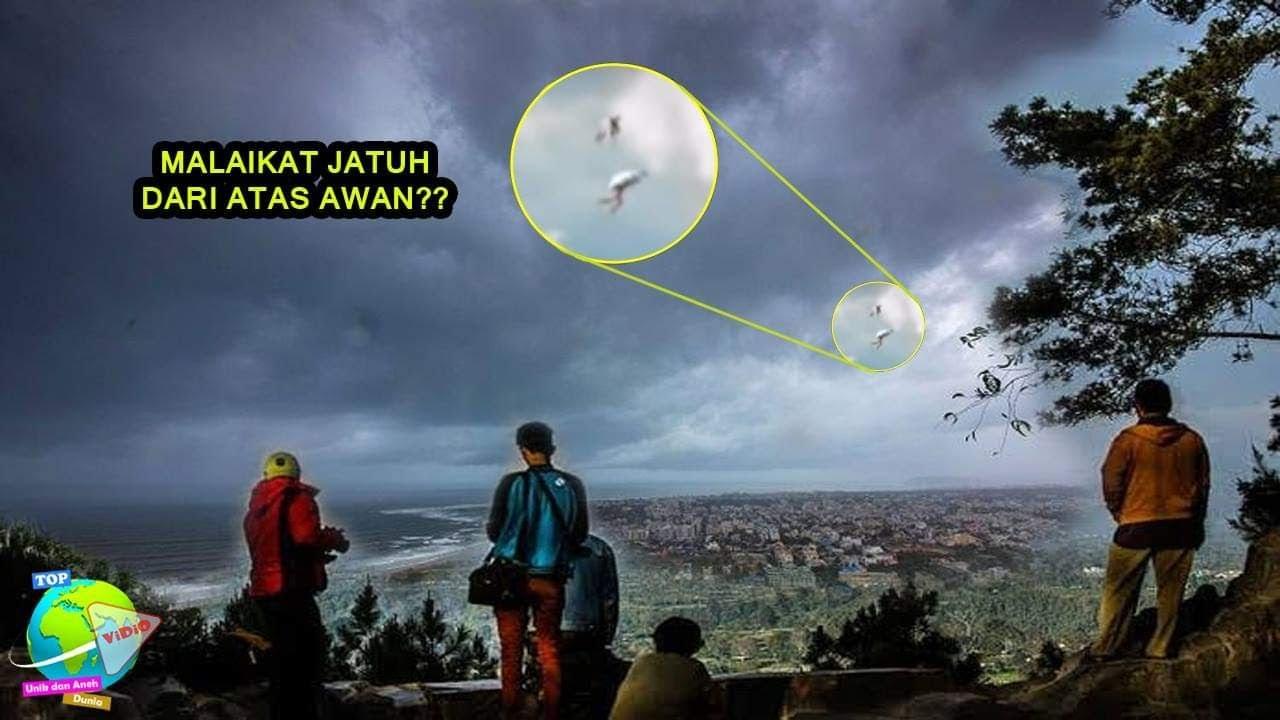 Download Malaikat Bersayap Jatuh Dari Atas Langit?? Misteri Penampakan Aneh di Langit Yang Terekam Kamera