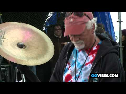 "7 Walkers Perform ""Just Kissed My Baby"" at Gathering of the Vibes Music Festival 2012"